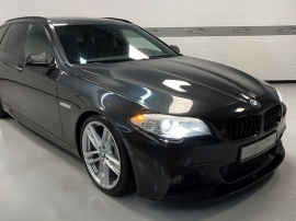 BMW 530Xd TOURING PACK M